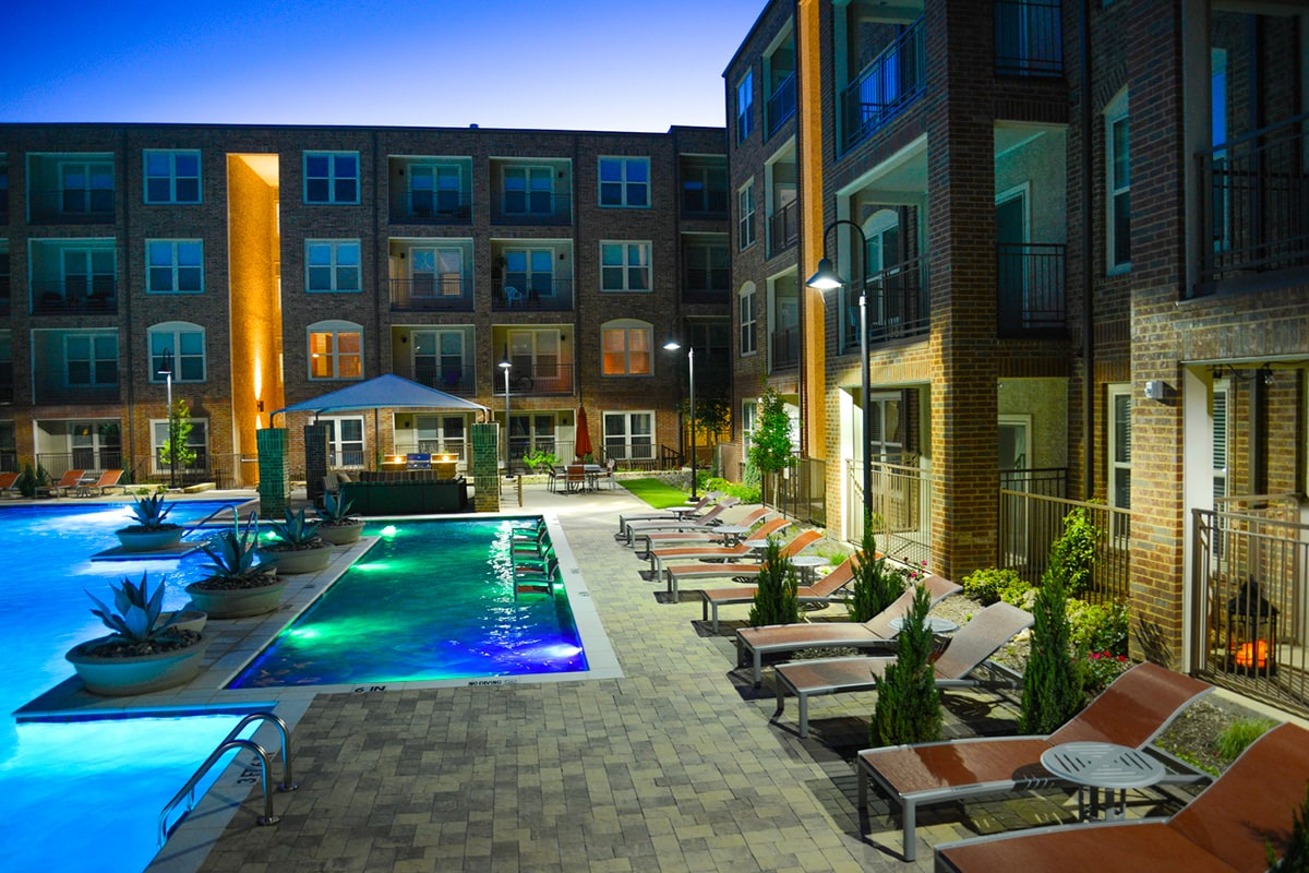 Bell Partners Acquires Apartment Community in Metro Dallas Area