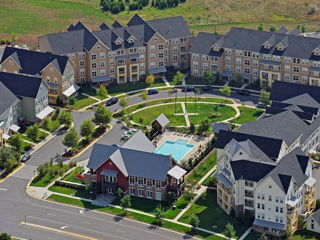 Bell Partners Acquires Westwind Farms, a 464-Unit Apartment Community in Ashburn, Va.